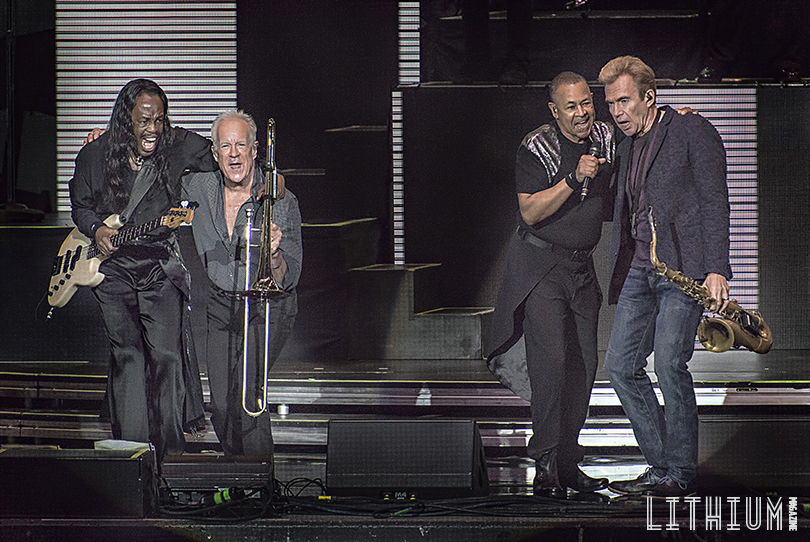 Earth Wind And Fire On Tour With Chicago