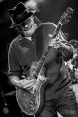16-04-22 - Rama - Latin rock icon Carlos Santana performed at Casino Rama.